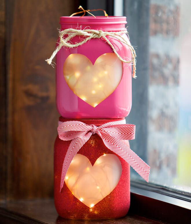 DIY Valentine's Day mason jar lanterns