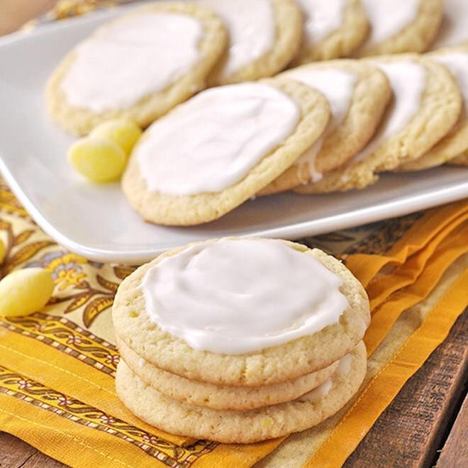 Light and zesty lemon drop biscuits / lemon drop cookies