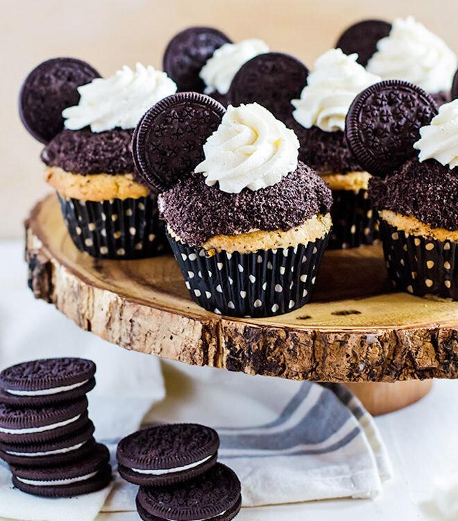 Oreo cookies and cream cupcakes