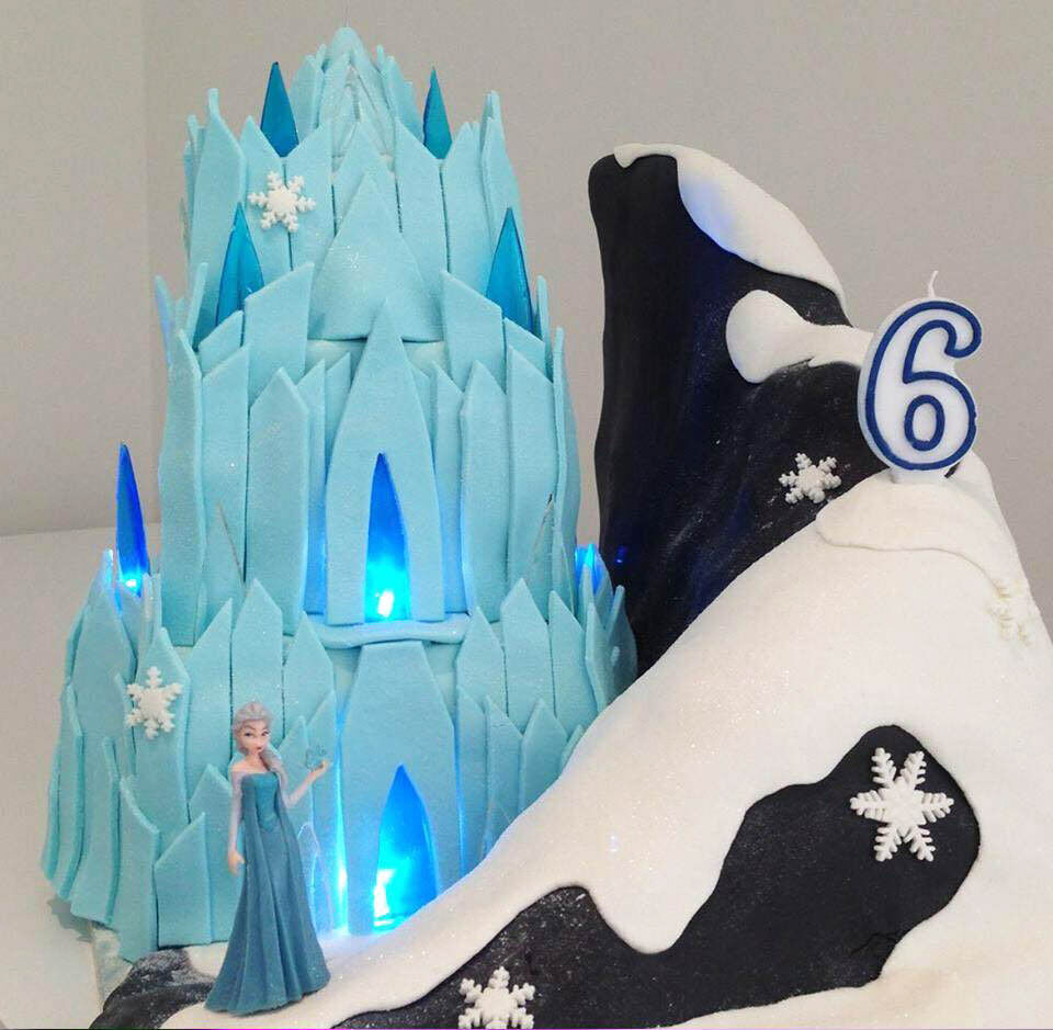 101 Frozen Cake's from Mum's Grapevine