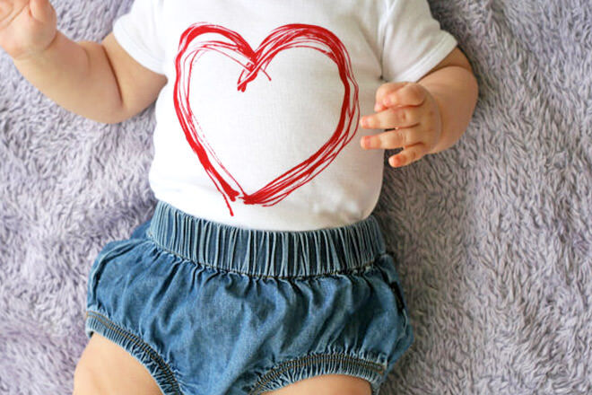 12 sweet onesies for baby's first Valentine's Day | Mum's Grapevine