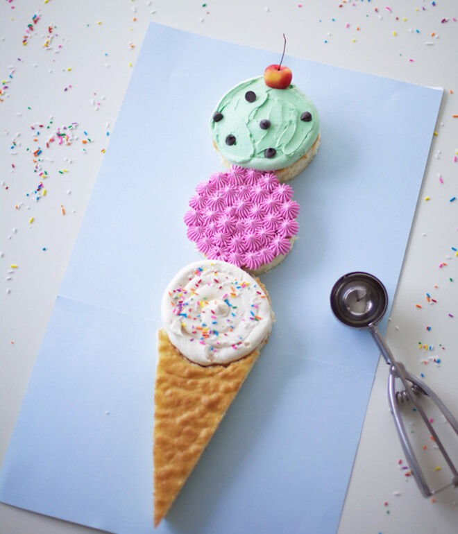 Easy ice cream cake - how to throw a deliciously fun ice cream party.