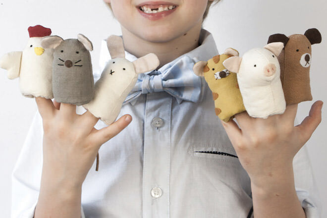 Farm finger puppets in a jar to entertain baby on a long haul flight