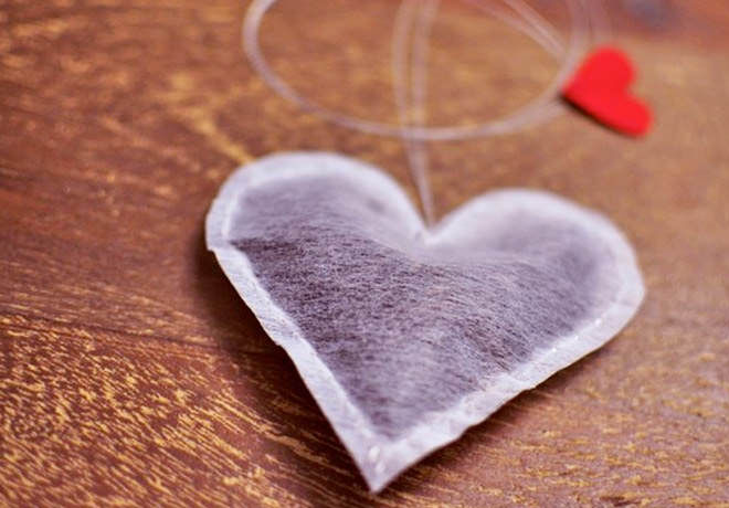 Heart-shaped-tea-bag