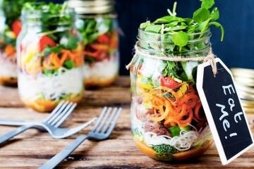 Thai noodle lunch salad jar recipe