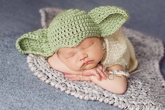 Etsy knitted newborn Star Wars Yoda hat