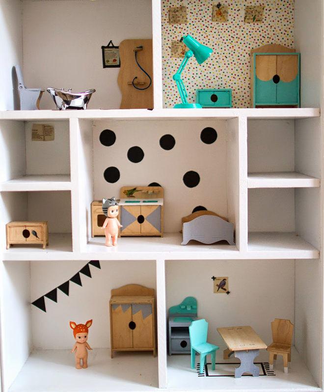 How to do a DIY Dolls House Reno