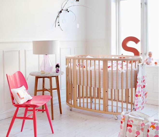 Stokke sleepi mini cot - choosing the right cot for baby