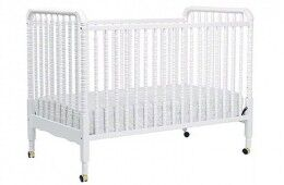 "Toys""R""Us recalls cot from sale"