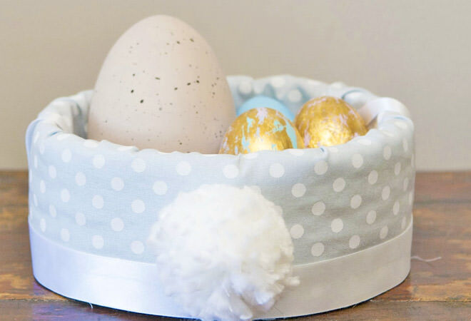 No-sew Easter basket with bunny tail