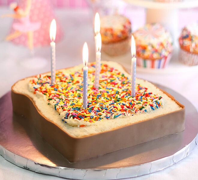 Fairy-bread-shaped-birthday-cake