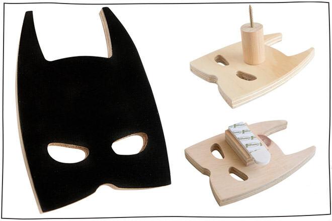 Charlie and Jae batman mask hook