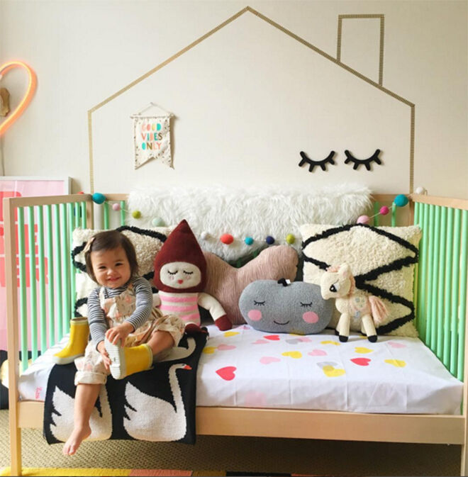 17 Adorable Ways To Decorate Above A Baby Crib: 17 Inspirational Nursery Designs Using The IKEA Sniglar Cot