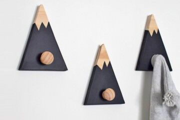 Wall hooks for kids rooms