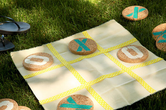 Get outside and get the kids playing tic tac toe with these DIY ideas.