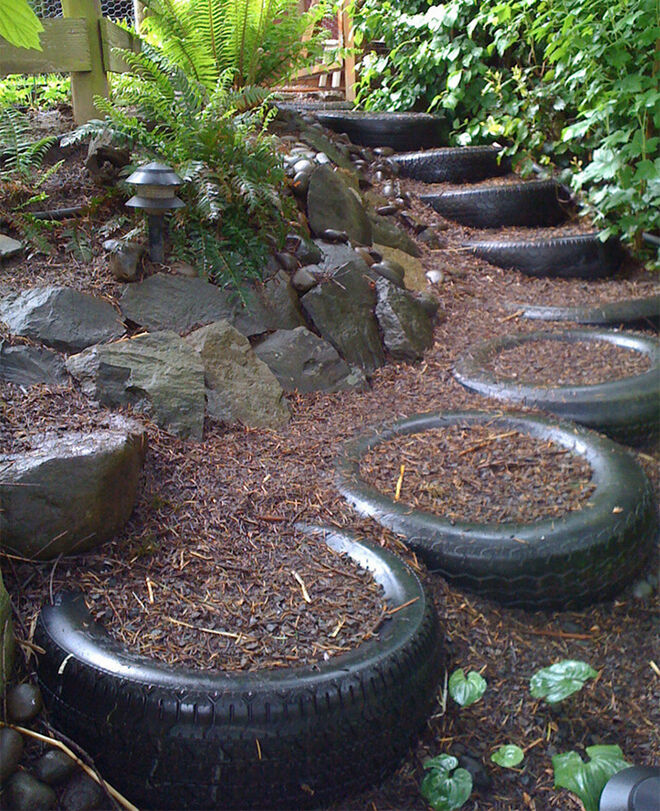 Outdoor steps. Recycled tyre ideas.