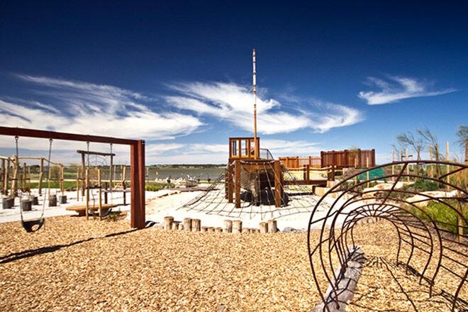 Bristow-Smith-playspace-nature-play-playground