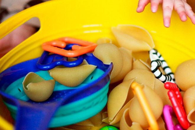 sensory play bub baby