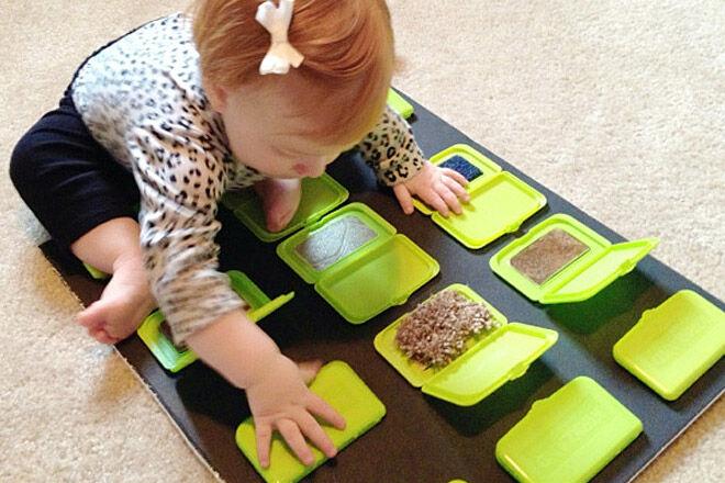 DIY baby sensory play