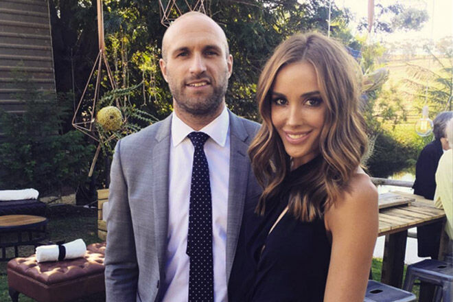 Rebecca & Chris Judd announce twins