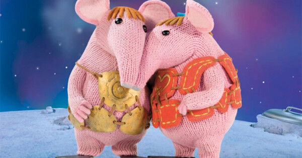 Win 1 Of 3 Clangers Prize Packs Mum S Grapevine