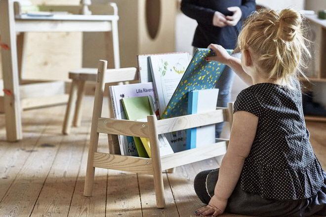 IKEA-flisat-book-display