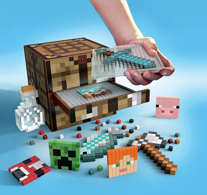 Minecraft Crafting Table - Minecraft Gift Guide