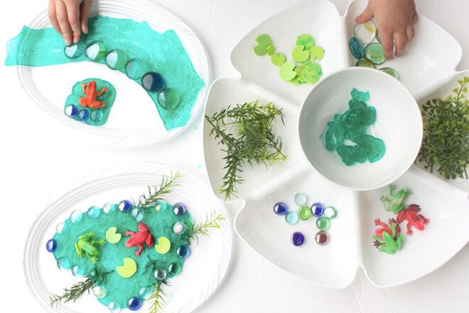 Sensory-play-frog-pond