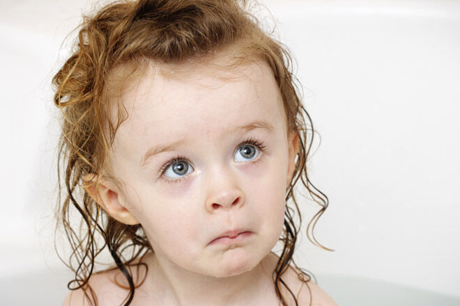 Tips for raising a toddler fear of bath