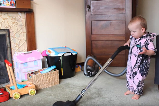 baby clean housework dad