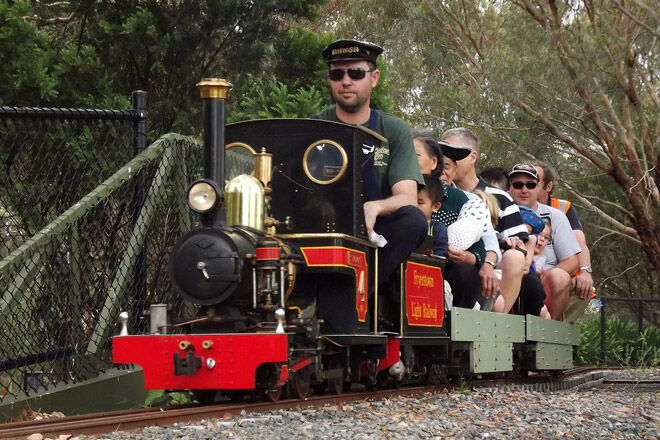 train victoria kid family railway ride