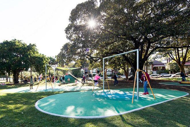 nsw sydney kid play nature