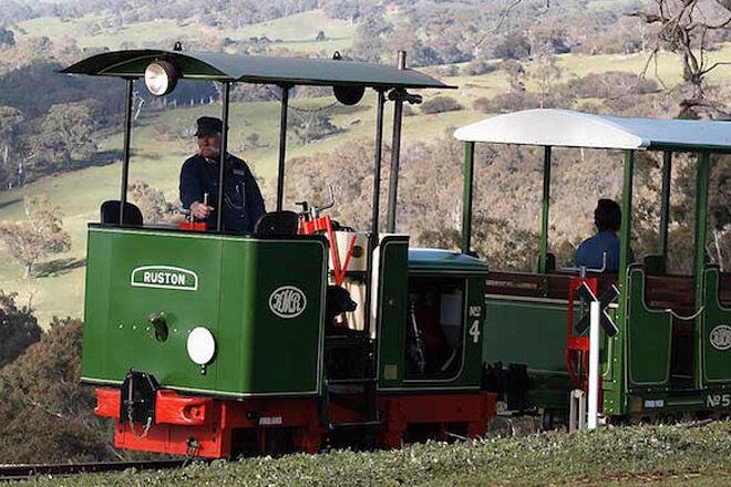 train victoria kid child rail