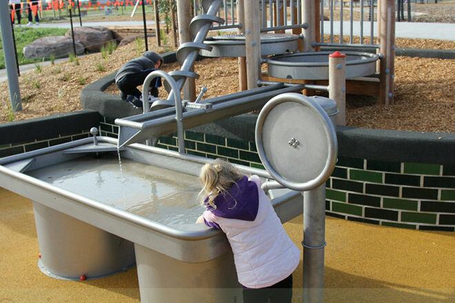 Buckingham reserve water play