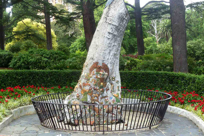 melbourne fitzroy gardens fairy kids