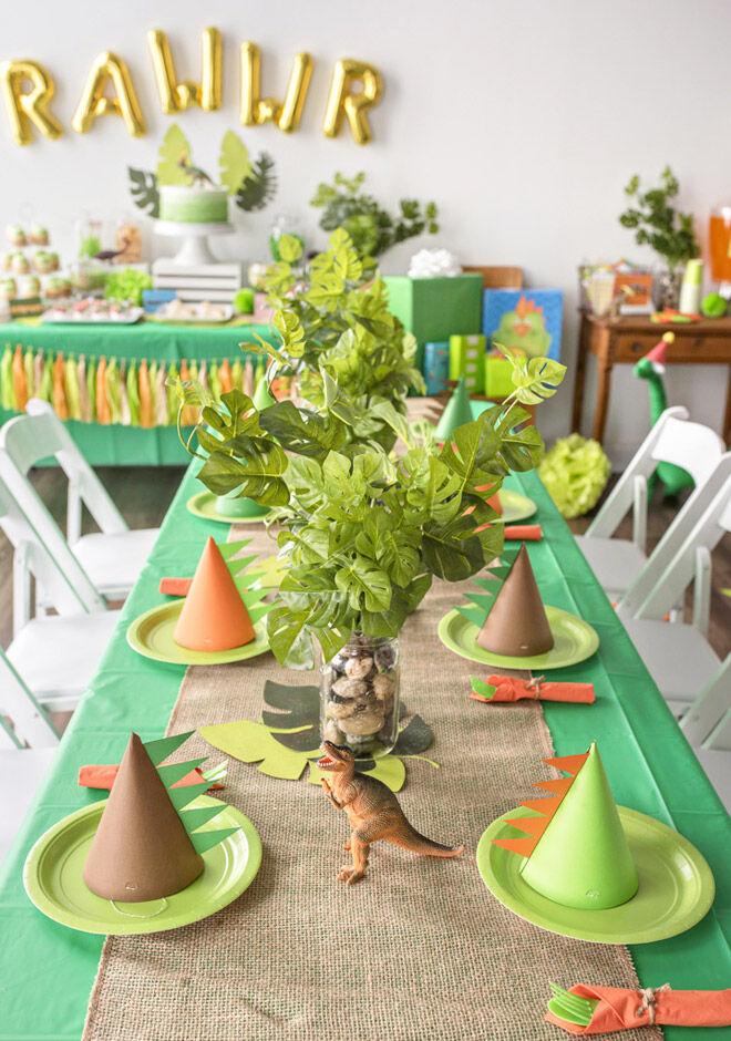Dinosaur party decoration ideas