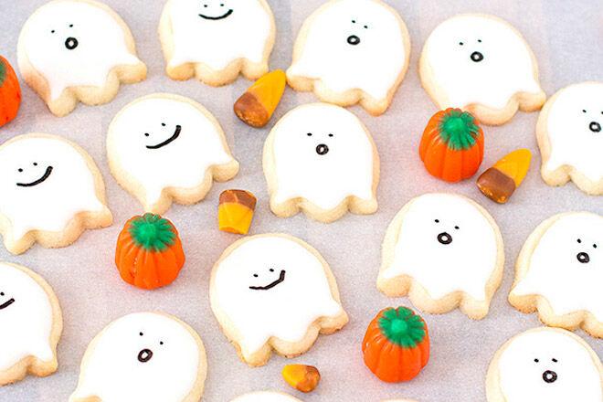 Halloween treat biscuit sweet