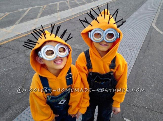 Halloween kids sibling