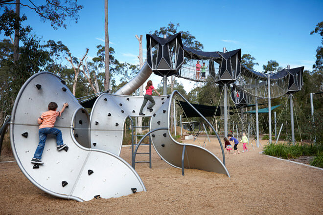 Calamvale District Park Playground In Brisbane Mum S