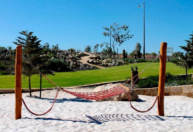 wa western australia perth kids playground beach