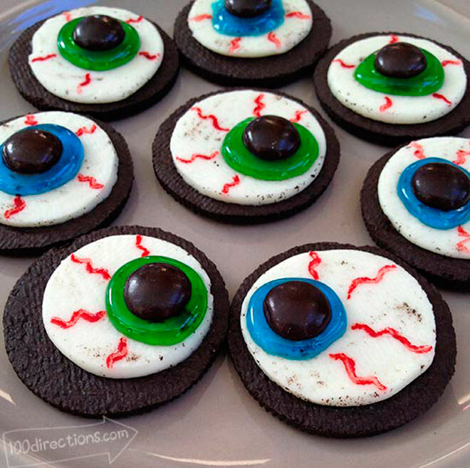 Halloween food treat cookies biscuits