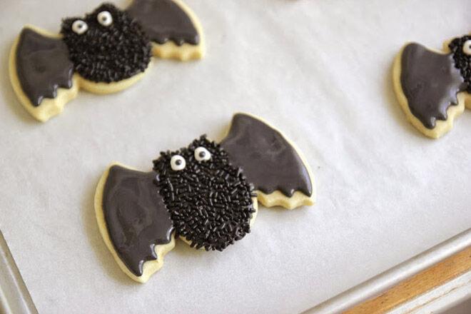 Halloween biscuit recipe bat