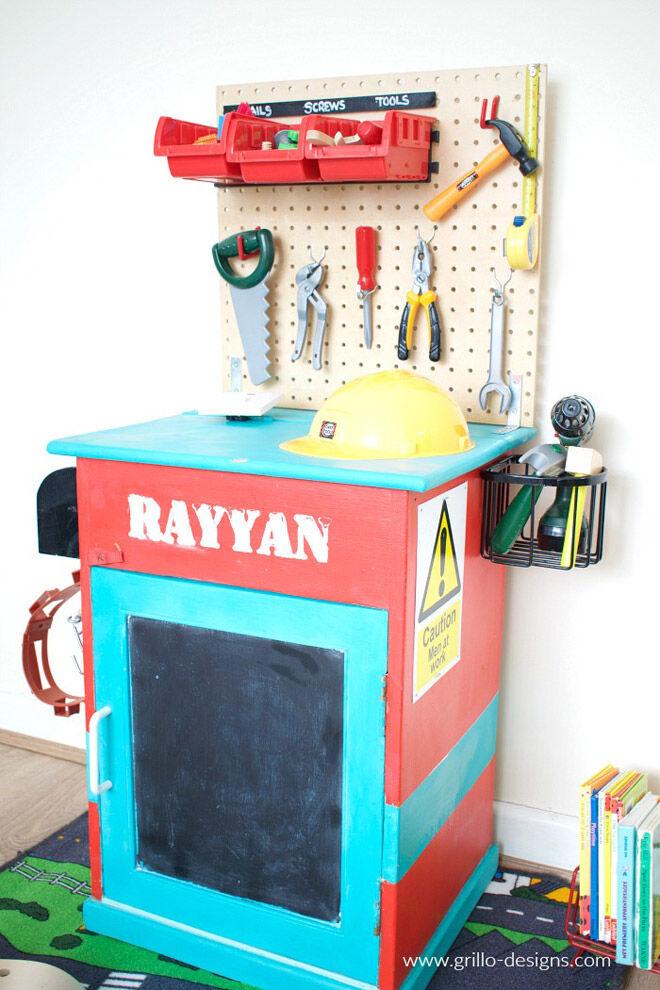 DIY tool hardware station