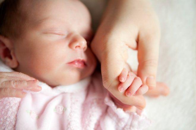 newborn sleeping baby - sleep regression