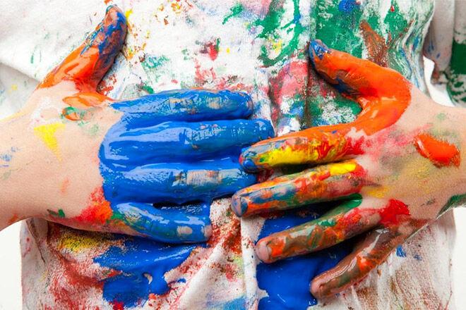 get paint off kids clothes