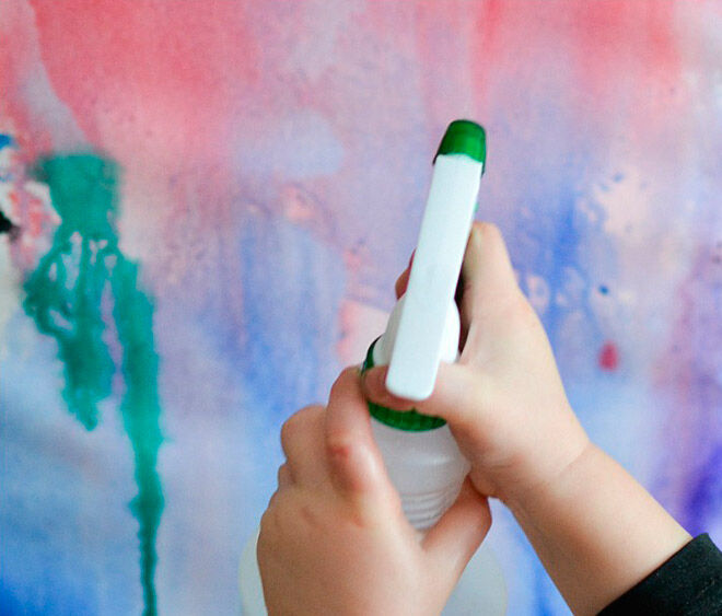 spray bottle painting water play toddler