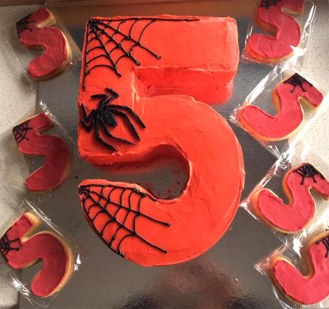 spider man kids number cake