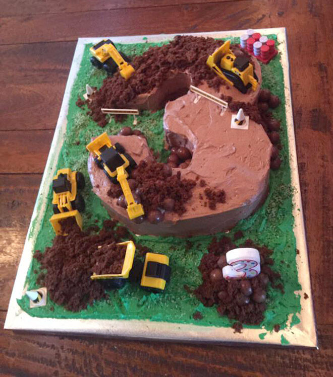 construction number cake kids