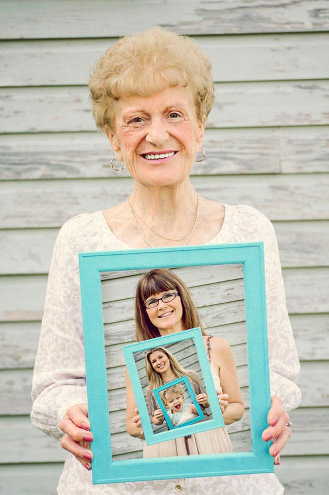 frame generational photo family