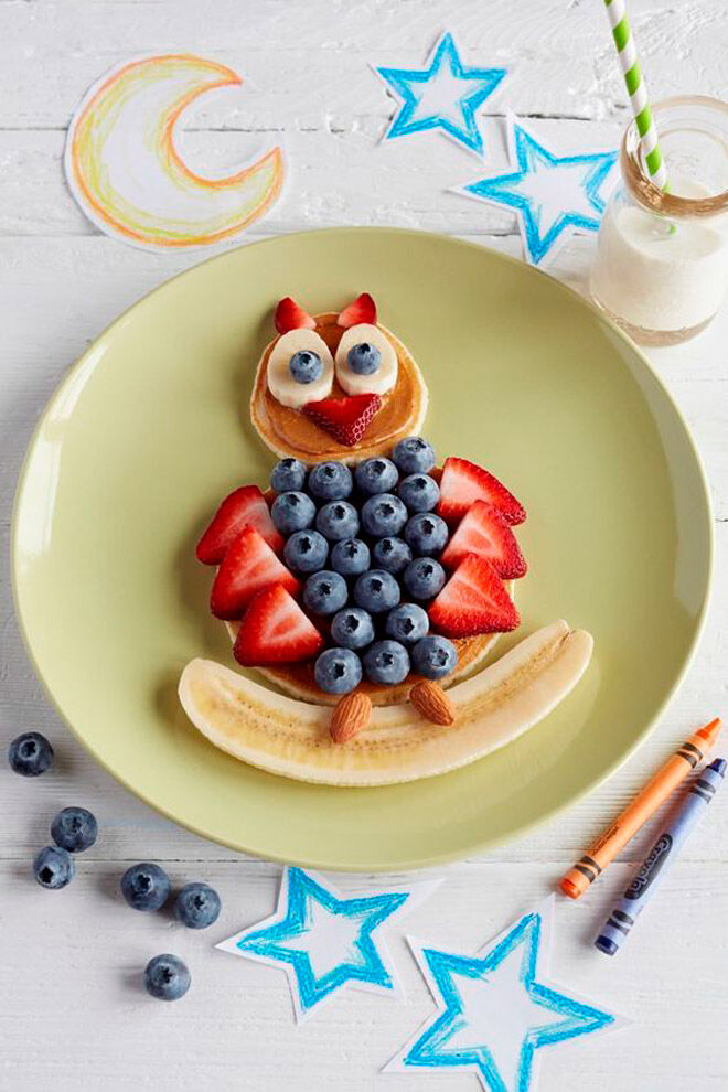 Owl pancakes with blueberries
